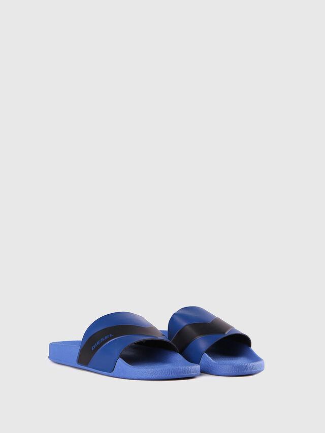 SA-MARAL, Bleu