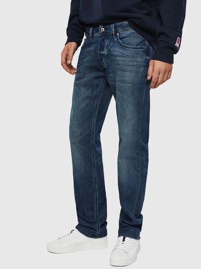 Diesel - Larkee CN025, Bleu moyen - Jeans - Image 5