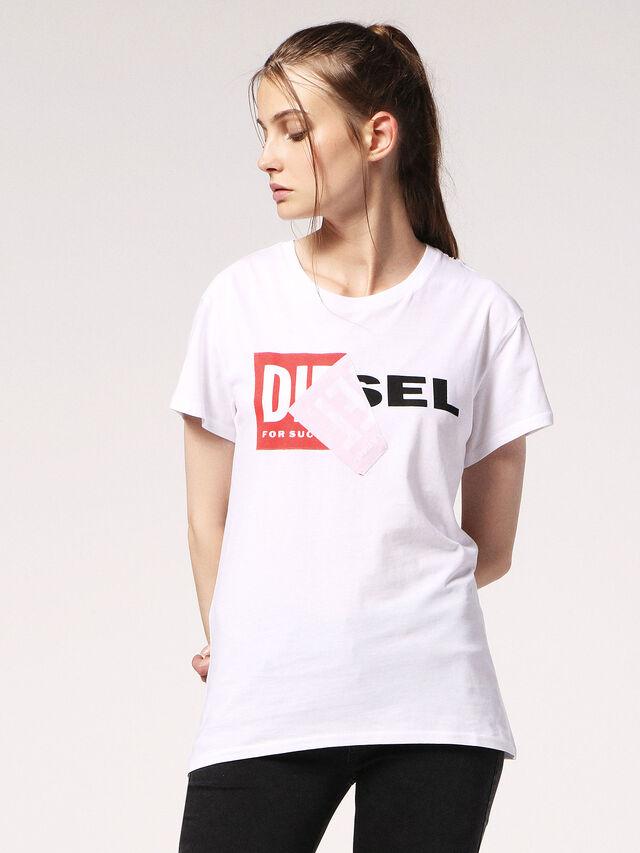 T-SULLY-BG, Blanc