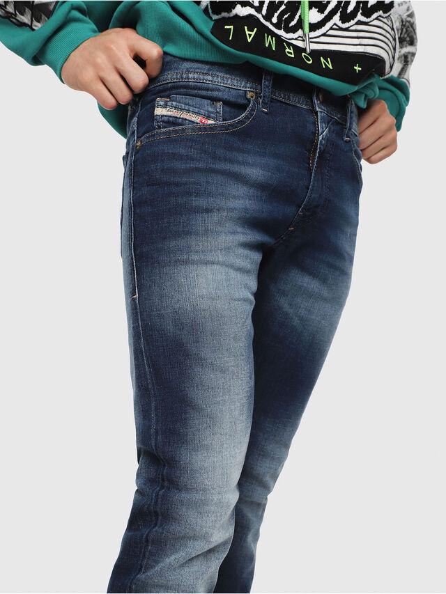 Diesel - Thommer 084GR, Bleu moyen - Jeans - Image 3