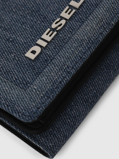 Diesel - LORETTA, Jean Bleu - Bijoux et Gadgets - Image 4