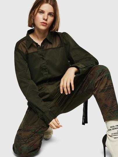 Diesel - P-THENA-A, Vert Camouflage - Pantalons - Image 3