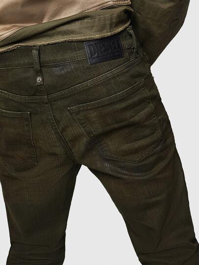 Diesel - Mharky 0078D, Vert Militaire - Jeans - Image 4