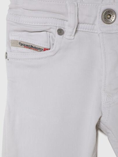 Diesel - SLEENKER-B JOGGJEANS-N, Blanc - Jeans - Image 3