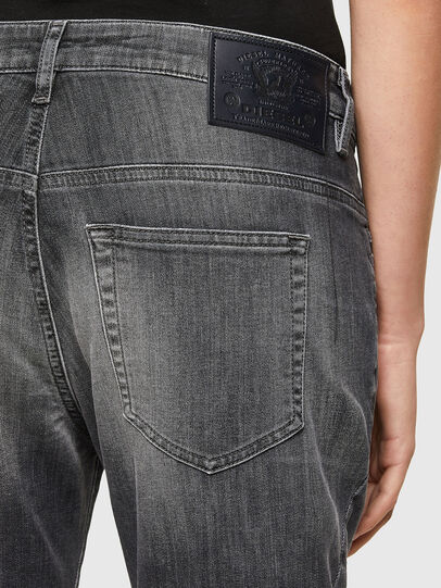 Diesel - Fayza JoggJeans® 009QT, Noir/Gris foncé - Jeans - Image 4