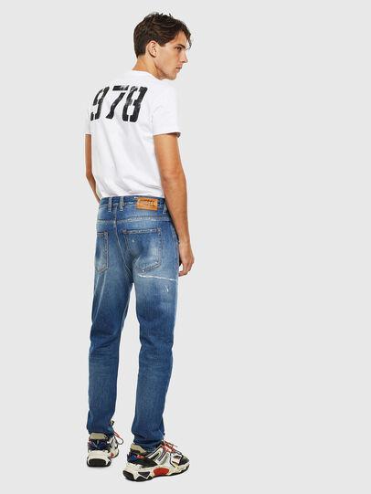 Diesel - D-Vider 0097B, Bleu moyen - Jeans - Image 6
