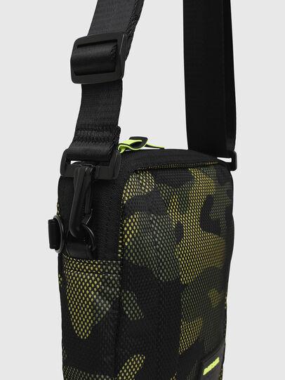 Diesel - ODERZO, Vert Camouflage - Sacs en bandoulière - Image 4