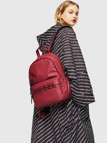 Diesel - F-BOLD BACK II, Rouge - Sacs à dos - Image 6