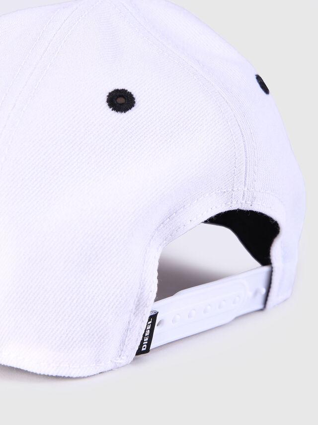 Diesel - CAKERYM, Blanc - Bérets, chapeaux et gants - Image 3