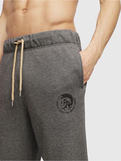 Diesel - UMLB-PETER, Gris - Pantalons - Image 3