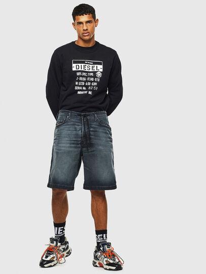 Diesel - D-WILLOH CB JOGGJEANS, Bleu Foncé - Shorts - Image 6