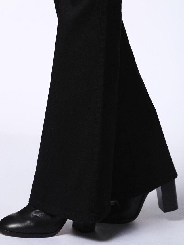 SANDY-B 0800R, Jean noir