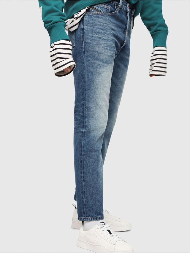 Diesel - D-Aygle 0076Y, Bleu moyen - Jeans - Image 4