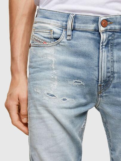 Diesel - D-Reeft JoggJeans® 069UC, Bleu Clair - Jeans - Image 3