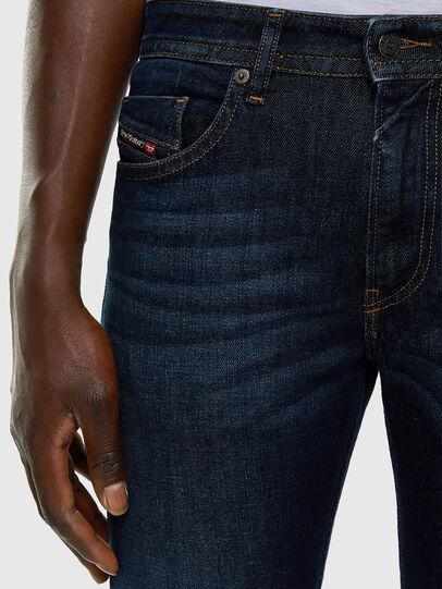 Diesel - Thommer 009HN, Bleu Foncé - Jeans - Image 3