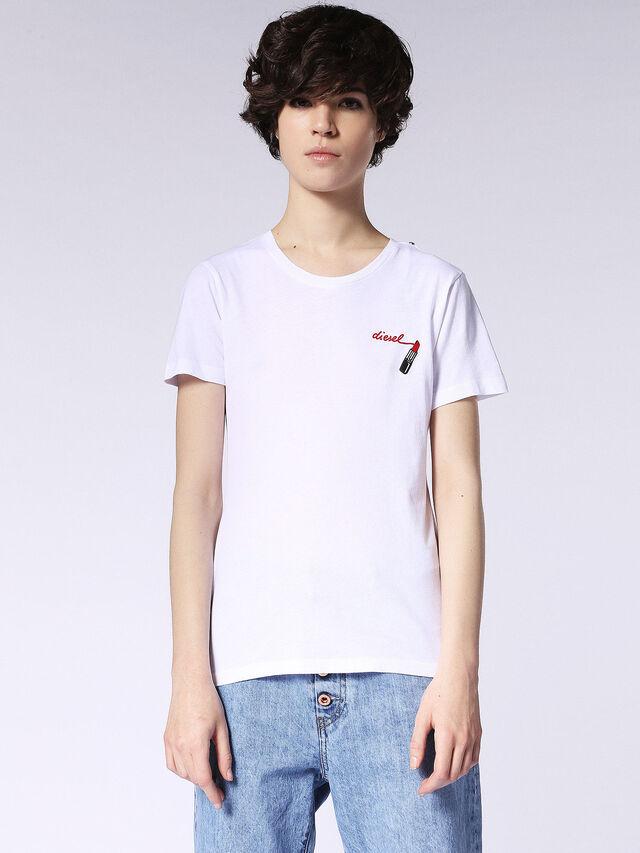 T-SILY-F, Blanc