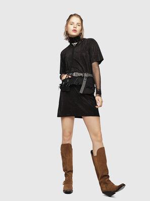 D-ARY, Noir - Robes