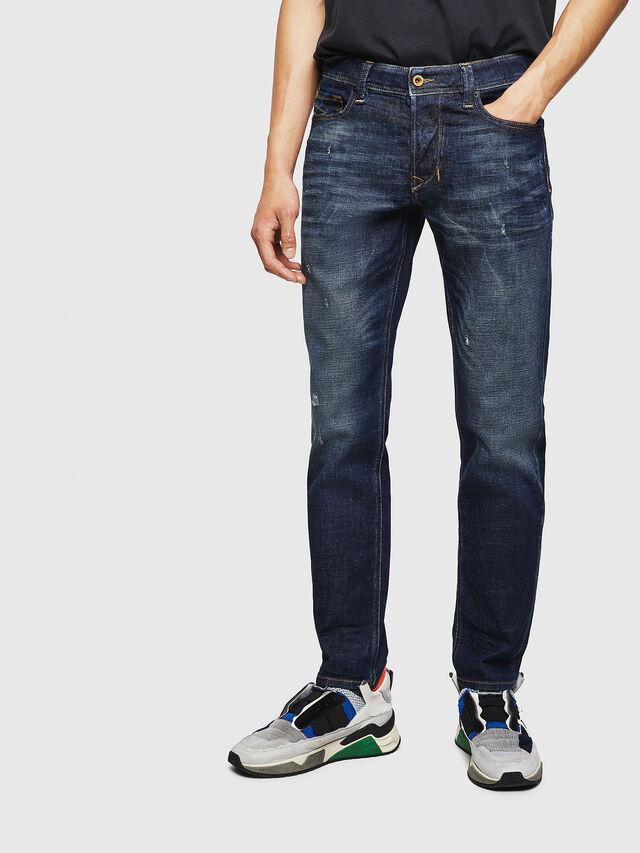 Diesel - Larkee-Beex 087AT, Bleu Foncé - Jeans - Image 1