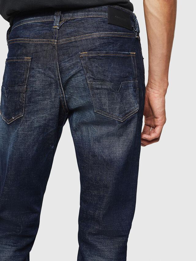 Diesel - Larkee-Beex 087AT, Bleu Foncé - Jeans - Image 4